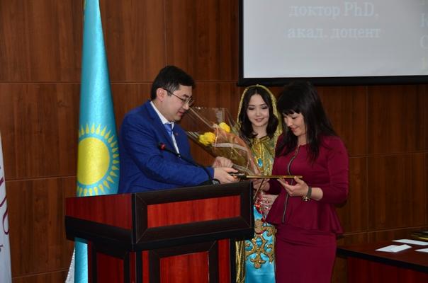 «Преподаватель года» Высшей школы права стала Даутбаева-Мухтарова Алия Ерқайратқызы